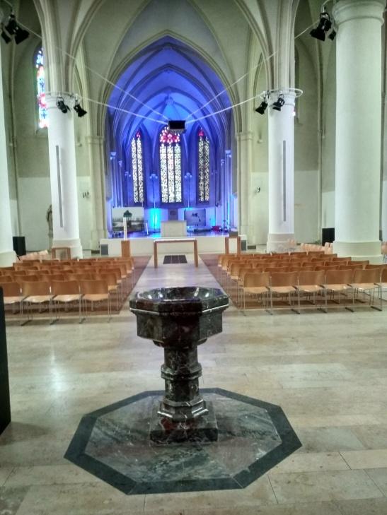 Jugendkirche belső